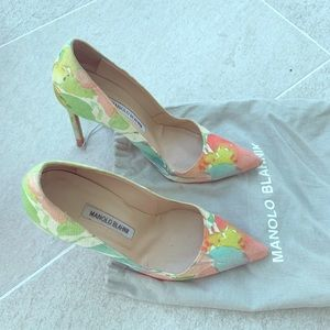 Manolo Blahnik Watercolor floral pumps